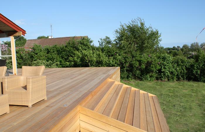 lærketræ terrasse behandling
